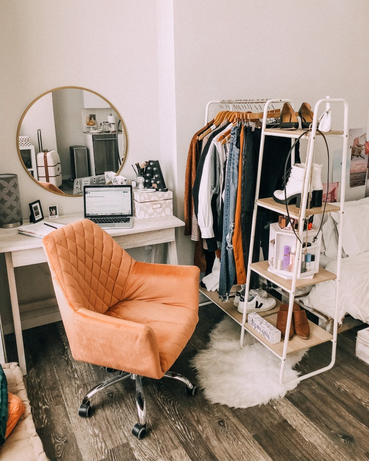 Styling Your Fall Wardrobe On ABudget